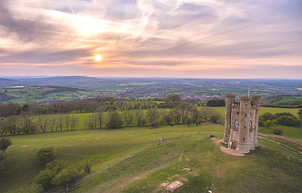 Lovely walks by Broadway Tower